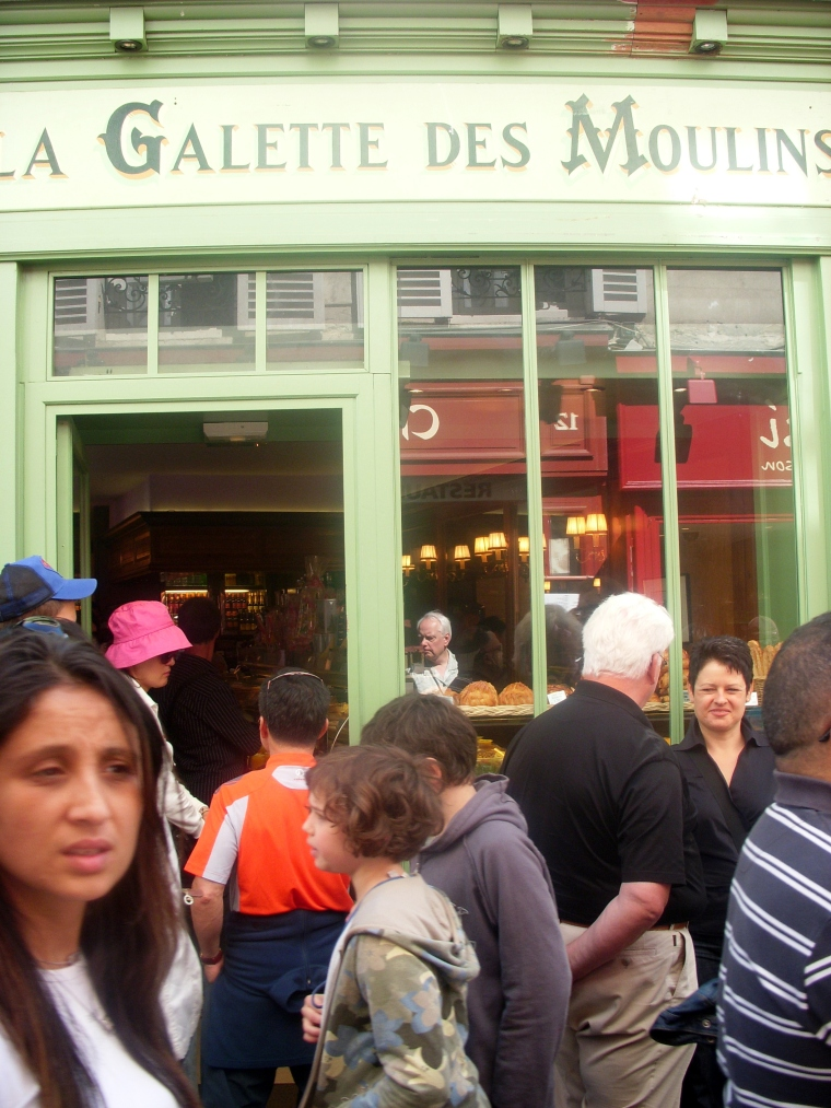 Shopping in Montmartre